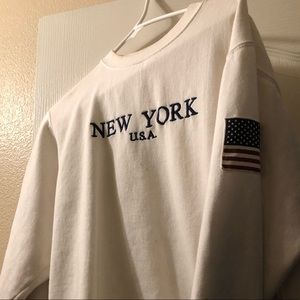 DISCONTINUED BRANDY MELVILLE NY CREWNECK SWEATER